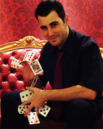 Magician in Athens Greece - Tristan
