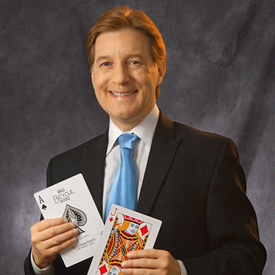 Magician Taylor Griswold - Close Up Magician in South Texas