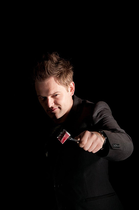 Tom Wright - magician in Sheffield, South Yorkshire